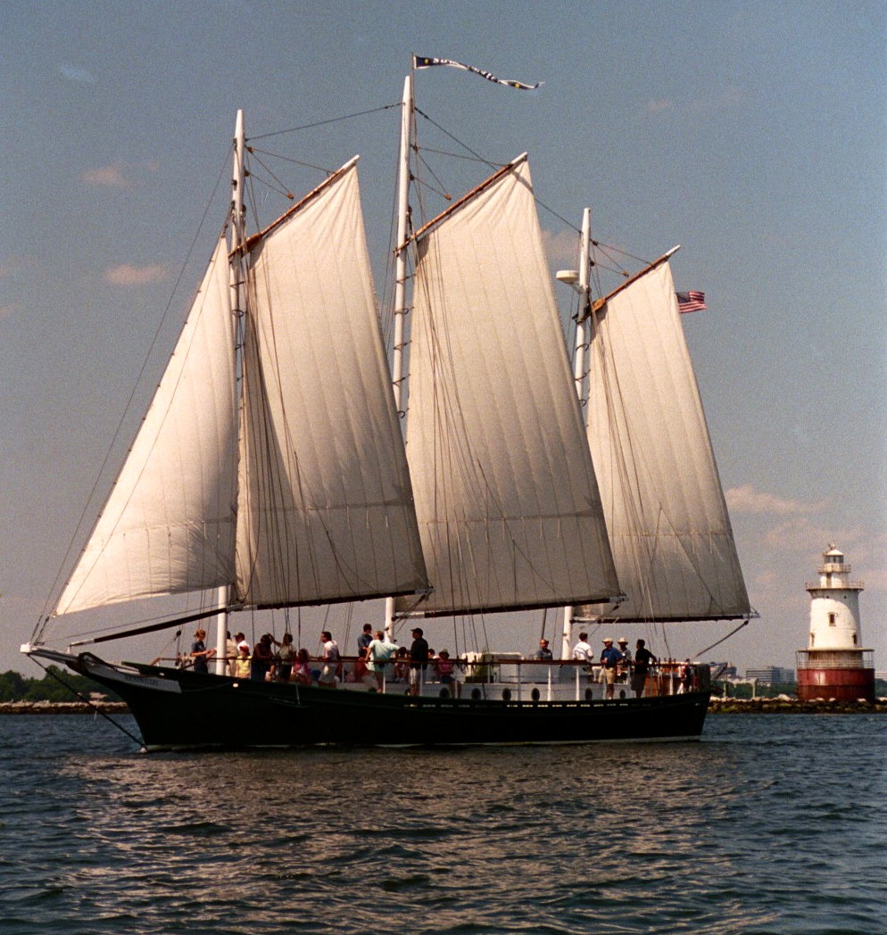 009_28a-new-schooner-shot-cropped